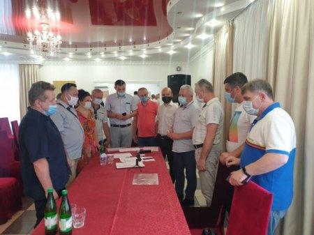 Українська партія готується до виборів