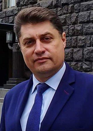 Українська партія йде на вибори